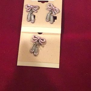 ⬇️price dropped Ballerina pin and earrings